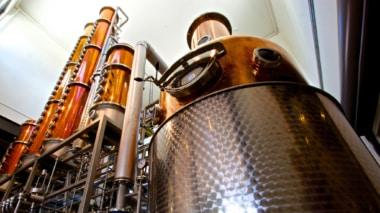 Doppelte Destillation beim Dry Gin